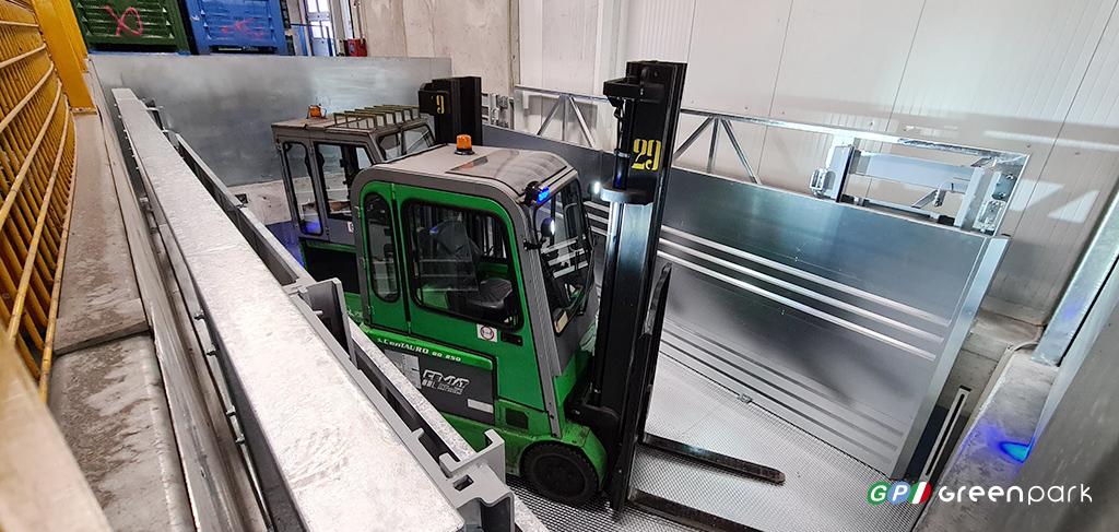 montacarichi per merci green park lift work c2 10 ton green park sollevatore ascensore industriale napoli salerno caserta avellino campania carpenedolo brescia